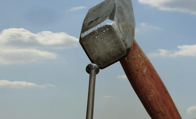 hammer-1502761_640
